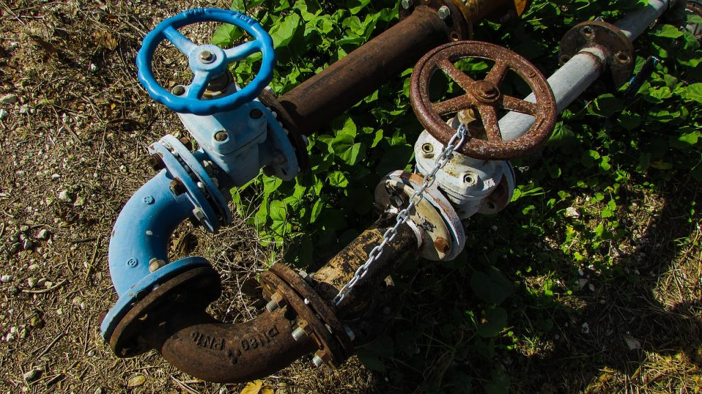 pipe 1821109 1280 1024x576 - 7 Common Misconceptions about Environment and Pipelines